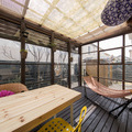 狭小地にも対応出来る開放感あふれる屋根付きウッドテラス